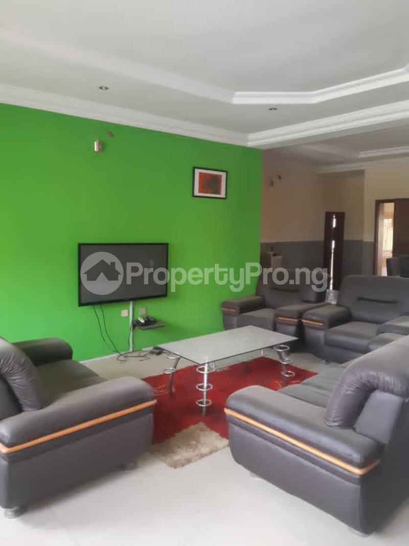 3 bedroom Blocks of Flats for rent Darin Court Onireke Area Jericho Ibadan Oyo - 1