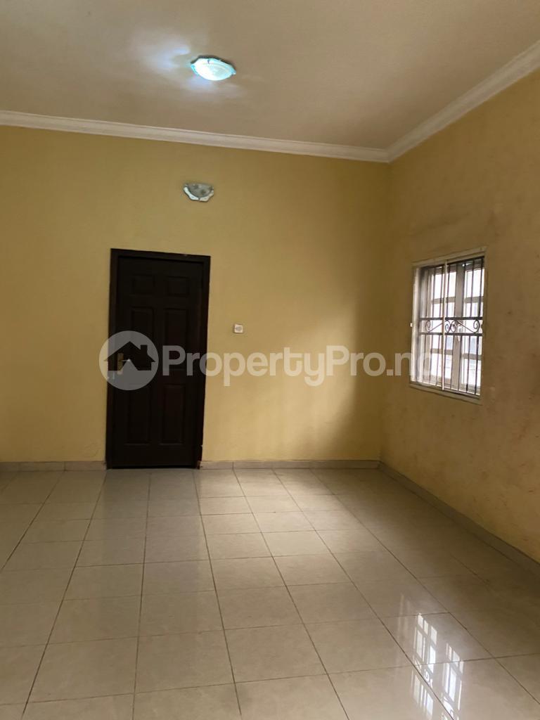 4 bedroom Flat / Apartment for rent Atunrase Medina Gbagada Lagos - 3