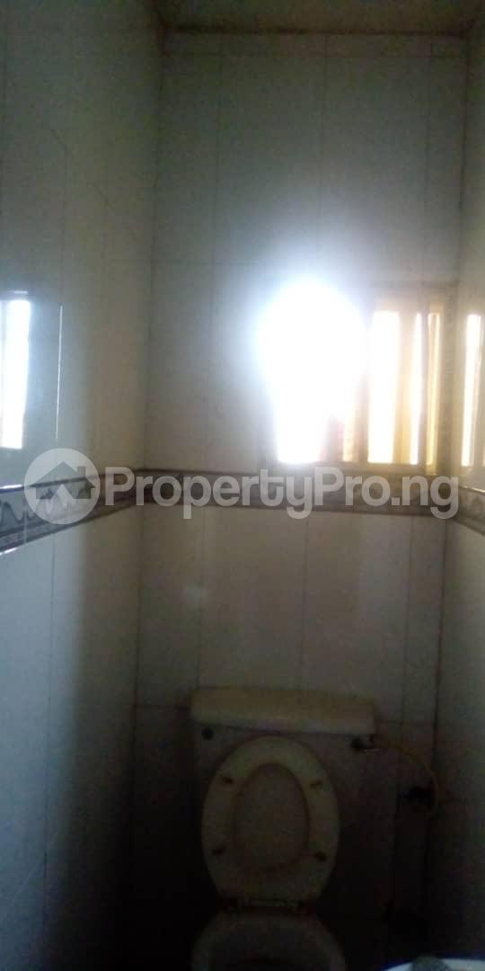 3 bedroom Blocks of Flats House for rent Egberongbe street, tarred road off Pedro rd Gbagada Lagos - 10