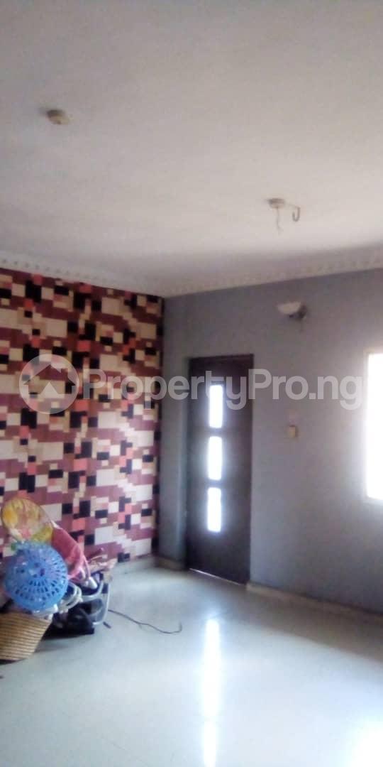 3 bedroom Blocks of Flats House for rent Egberongbe street, tarred road off Pedro rd Gbagada Lagos - 11