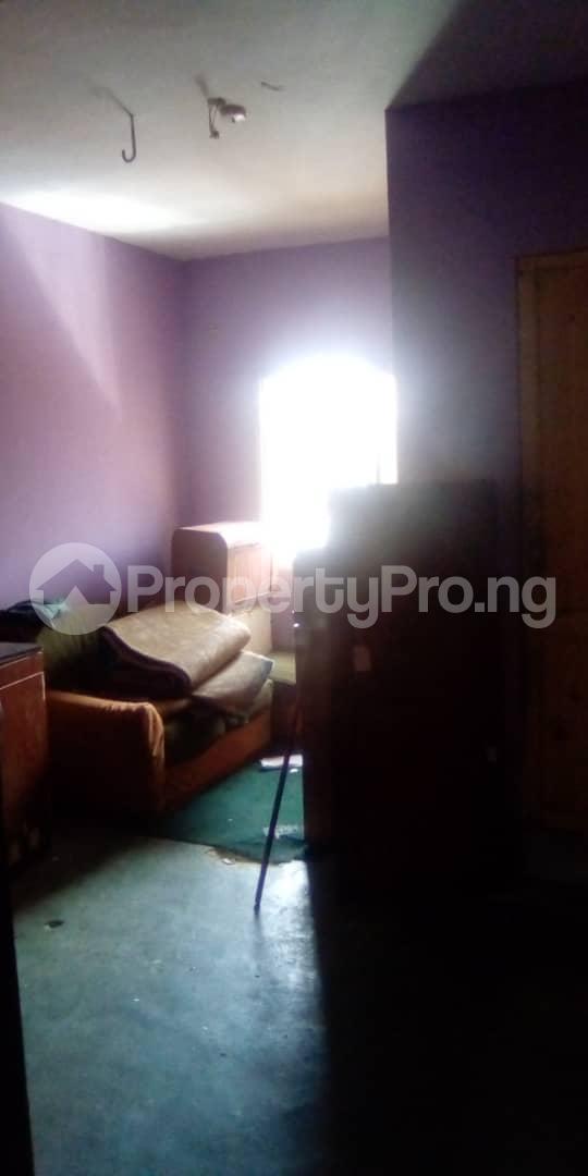 3 bedroom Blocks of Flats House for rent Egberongbe street, tarred road off Pedro rd Gbagada Lagos - 1