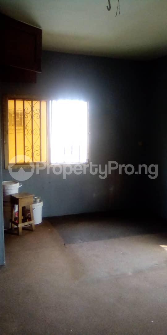 3 bedroom Blocks of Flats House for rent Egberongbe street, tarred road off Pedro rd Gbagada Lagos - 3