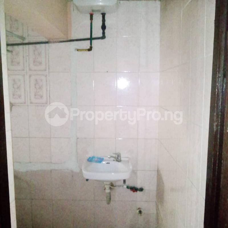 3 bedroom Blocks of Flats House for rent Lekki scheme 2 (Abraham Adesanya side) Lekki Lagos - 7