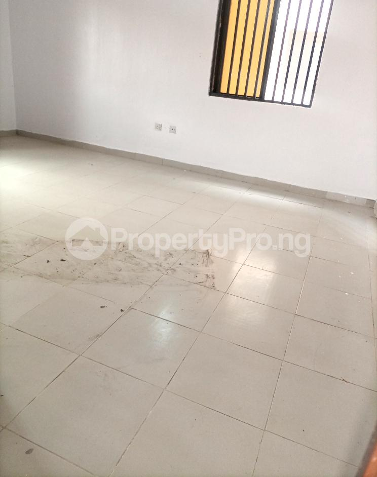 Mini flat for rent   Igbo-efon Lekki Lagos - 2