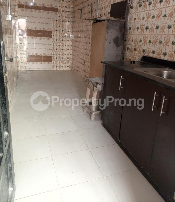 Mini flat for rent   Igbo-efon Lekki Lagos - 4