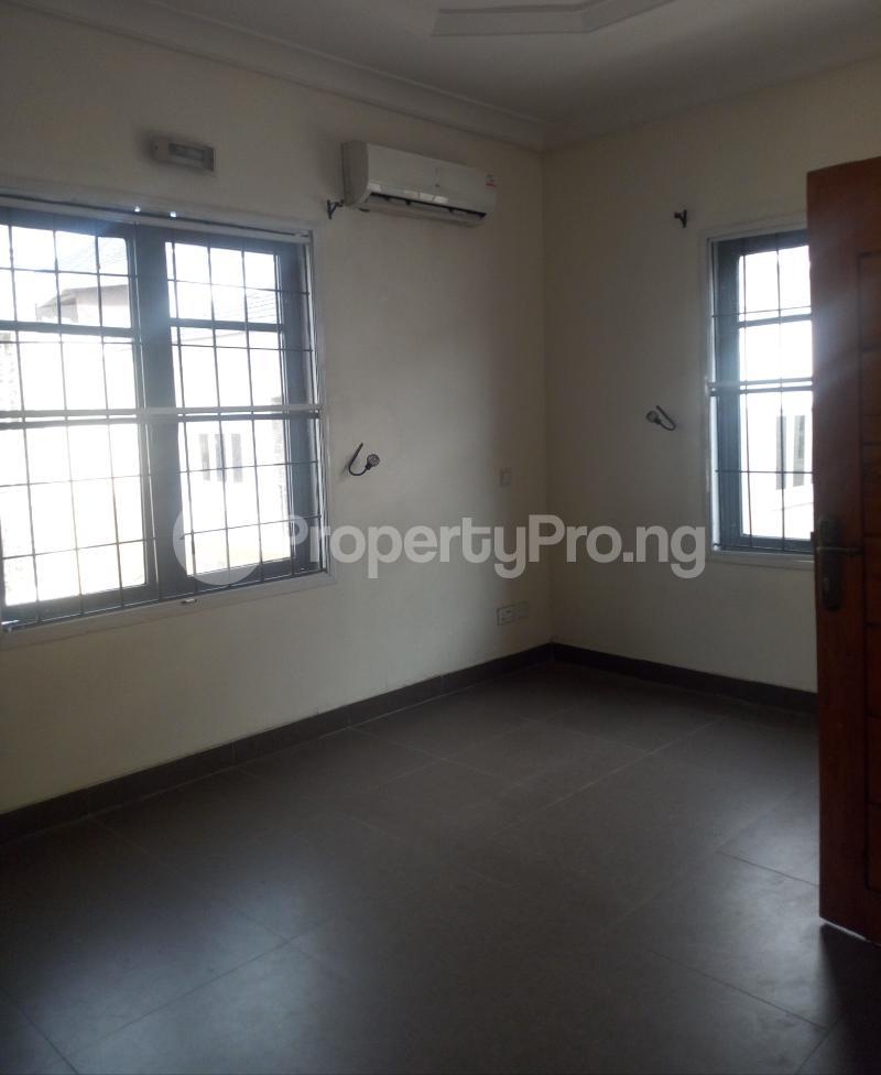 1 bedroom Self Contain for rent Chevron Drive Estate chevron Lekki Lagos - 3