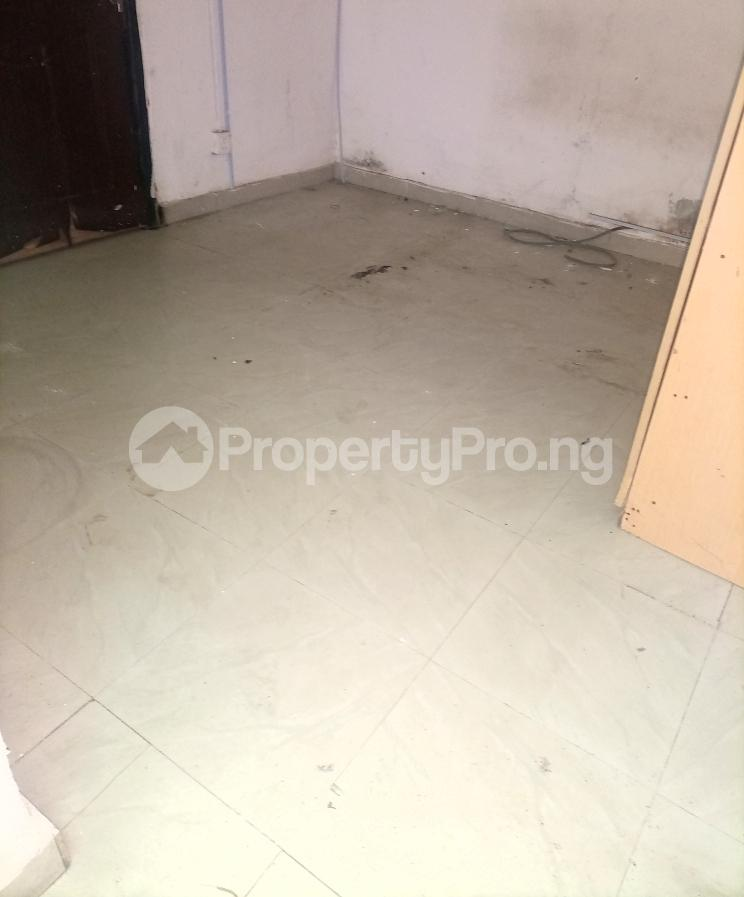 Self Contain for rent Serene And Secure Estate Idado Lekki Idado Lekki Lagos - 3