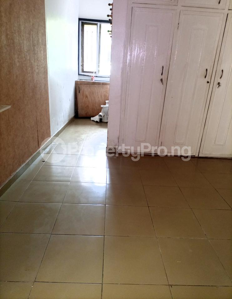 Self Contain for rent Serene And Secure Compound New Road Before Chevron Traffic Light Lekki chevron Lekki Lagos - 5