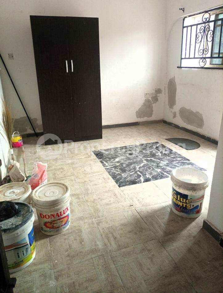 Self Contain for rent Serene And Secure Environment Ologolo Lekki Ologolo Lekki Lagos - 2