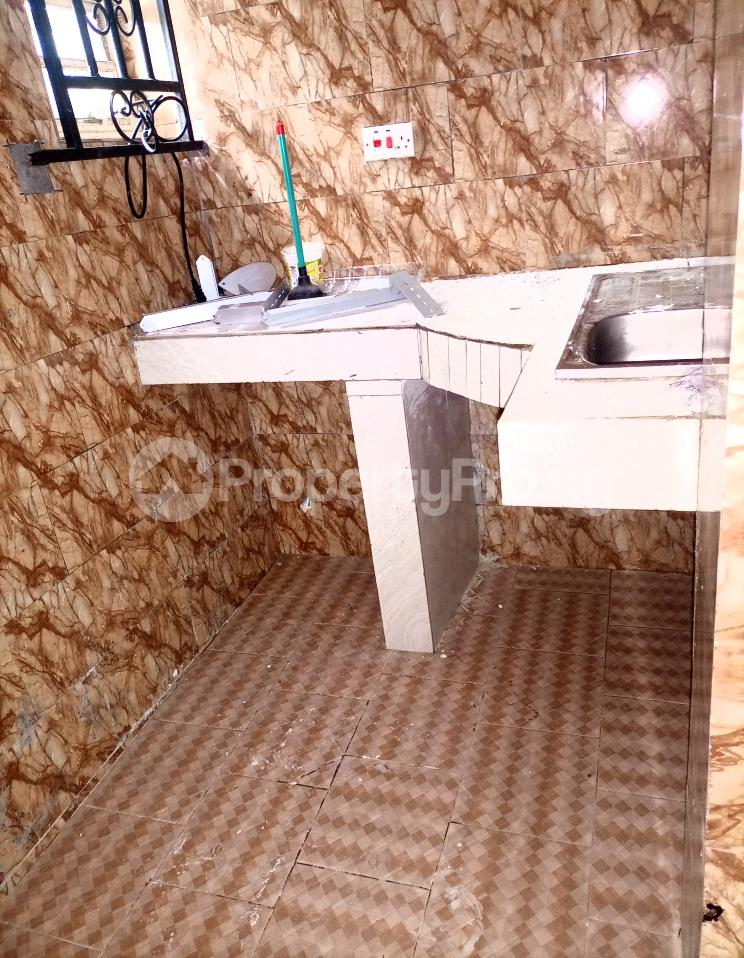 Self Contain for rent Serene And Secure Environment Ologolo Lekki Ologolo Lekki Lagos - 4