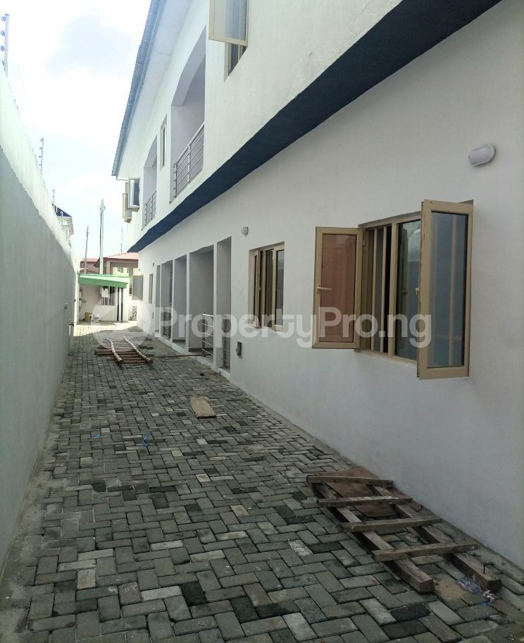 3 bedroom Flat / Apartment for sale Serene, Secure And Cozy Estate Agungi Lekki Agungi Lekki Lagos - 26