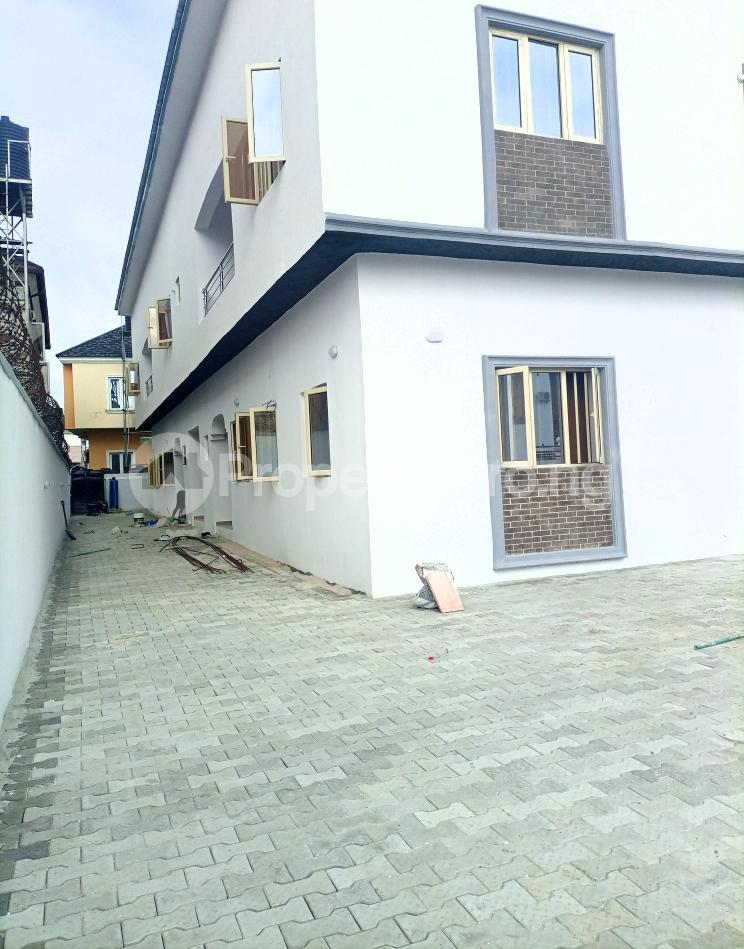 3 bedroom Flat / Apartment for sale Serene, Secure And Cozy Estate Agungi Lekki Agungi Lekki Lagos - 33