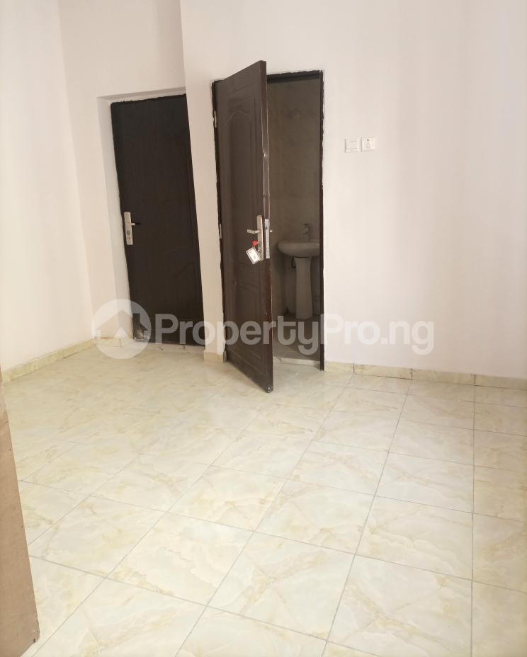 3 bedroom Flat / Apartment for sale Serene, Secure And Cozy Estate Agungi Lekki Agungi Lekki Lagos - 16