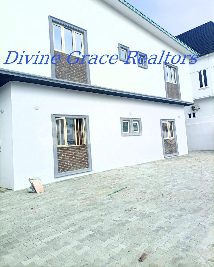 3 bedroom Flat / Apartment for sale Serene, Secure And Cozy Estate Agungi Lekki Agungi Lekki Lagos - 0