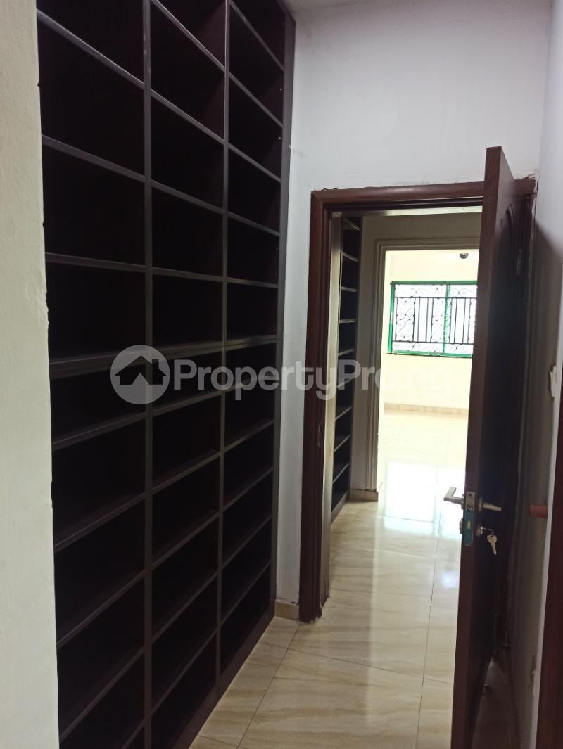 6 bedroom Detached Duplex House for sale Gwarinpa Abuja - 7