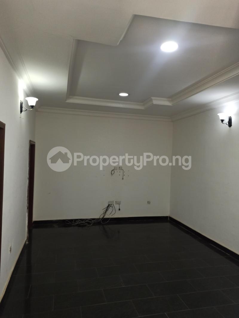 6 bedroom Detached Duplex House for sale Gwarinpa Abuja - 11