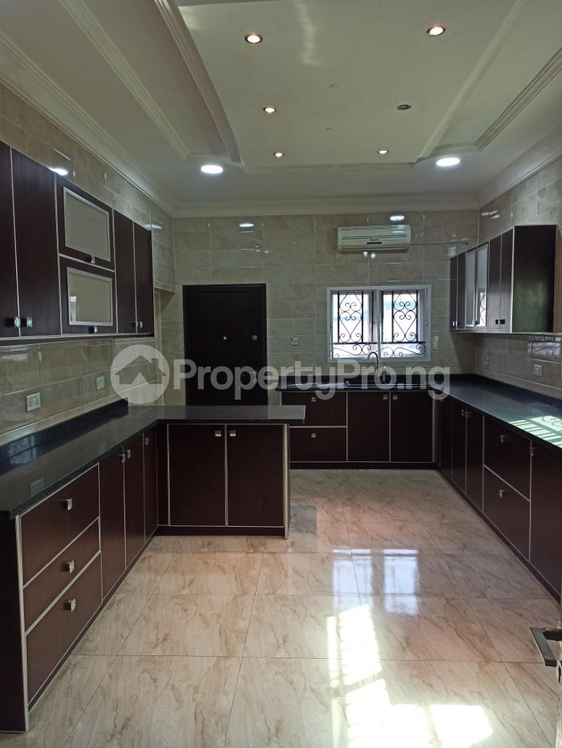 6 bedroom Detached Duplex House for sale Gwarinpa Abuja - 18