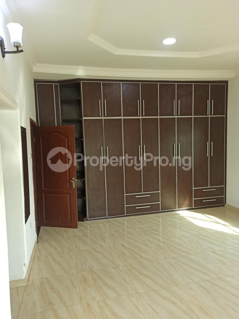 6 bedroom Detached Duplex House for sale Gwarinpa Abuja - 10