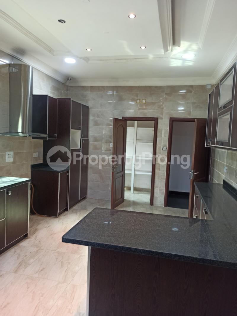 6 bedroom Detached Duplex House for sale Gwarinpa Abuja - 13