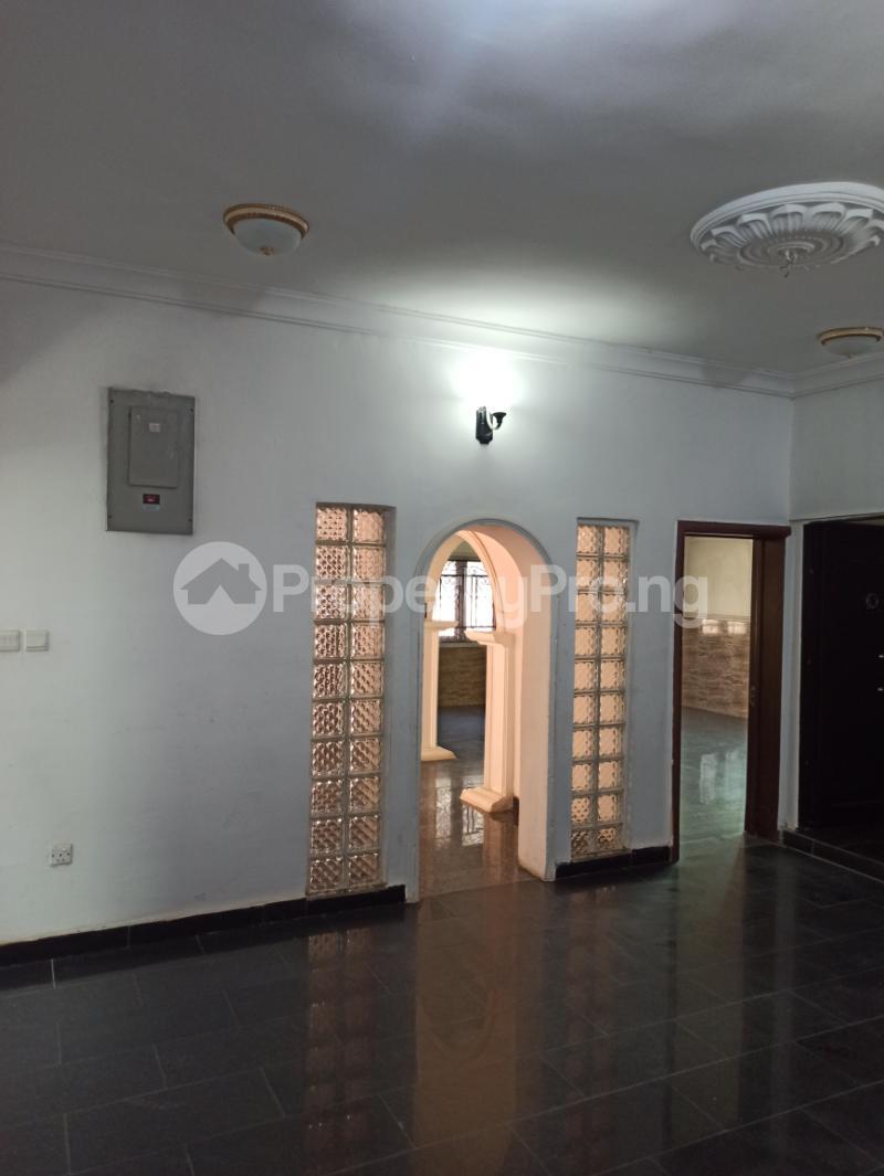 6 bedroom Detached Duplex House for sale Gwarinpa Abuja - 12