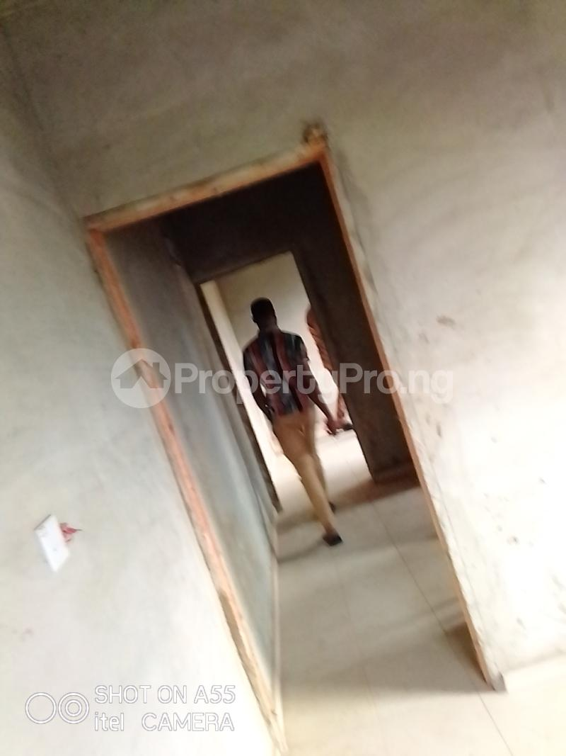 1 bedroom Blocks of Flats for rent Bada Ayobo Ipaja Lagos - 4