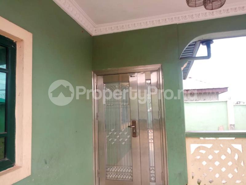 5 bedroom Detached Bungalow House for sale Soyoye crecent university  Itoku Abeokuta Ogun - 2