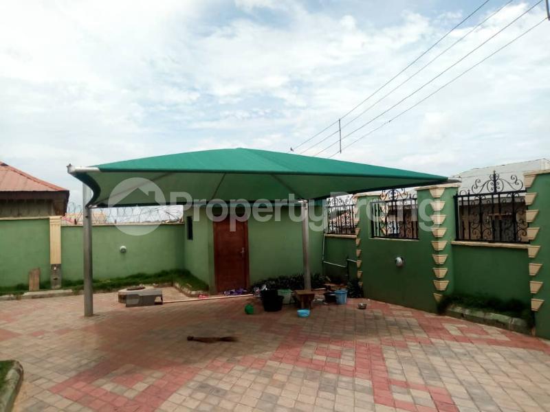 5 bedroom Detached Bungalow House for sale Soyoye crecent university  Itoku Abeokuta Ogun - 10