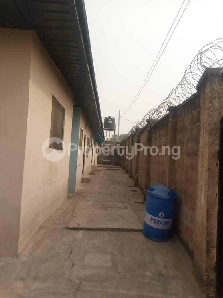 3 bedroom Blocks of Flats for rent Akilapa Estate After Nihort School Jericho Ibadan Oyo - 2