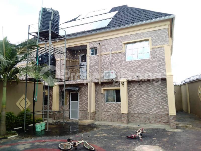 4 bedroom Detached Duplex for sale Oniyanrin, Airport Road Ibadan Oyo - 5