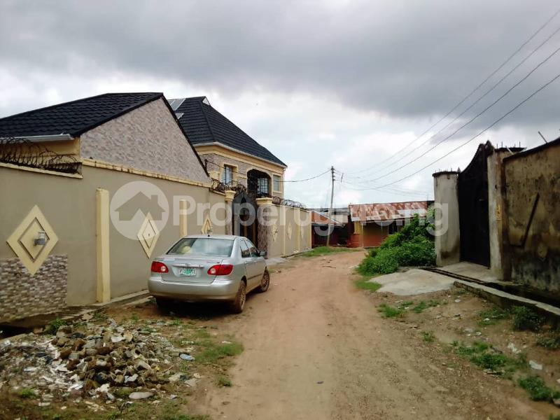 4 bedroom Detached Duplex for sale Oniyanrin, Airport Road Ibadan Oyo - 1