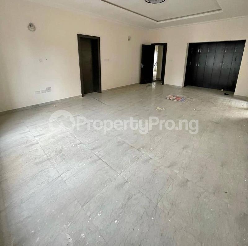 4 bedroom Semi Detached Duplex House for sale Off Banana Island Road Ikoyi Lagos - 3