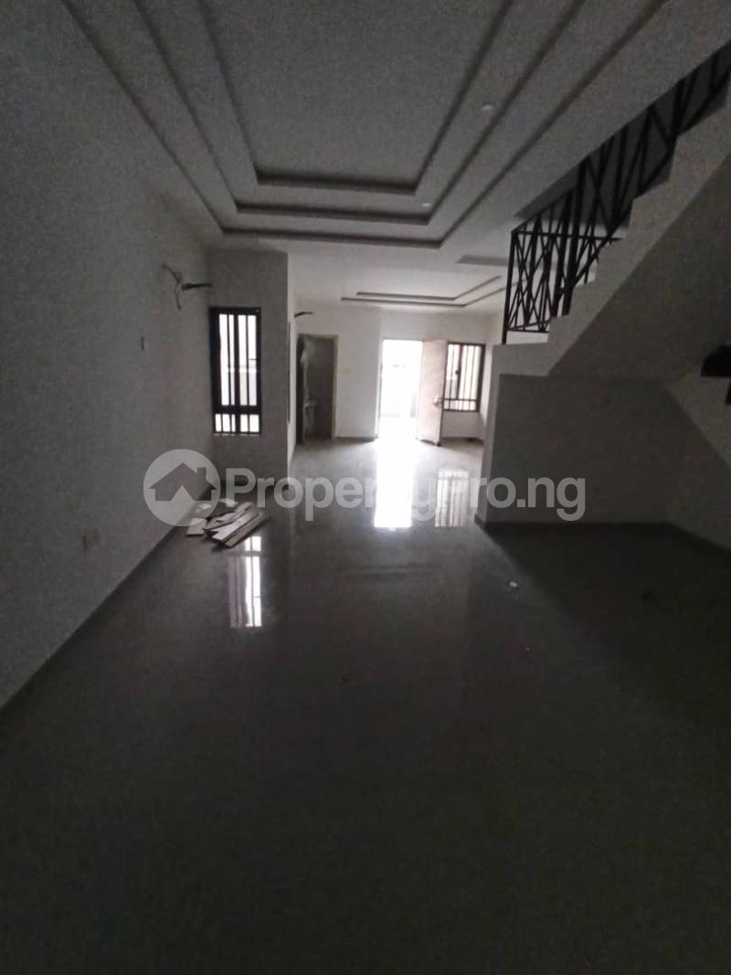 4 bedroom Terraced Duplex for rent Lekki Right Lekki Lagos - 12