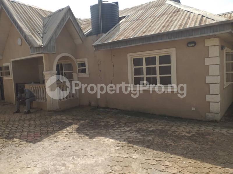 2 bedroom Blocks of Flats House for sale Ologuneru  Eleyele Ibadan Oyo - 5