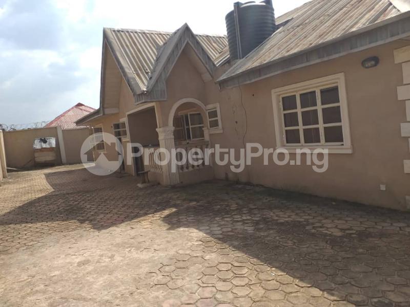2 bedroom Blocks of Flats House for sale Ologuneru  Eleyele Ibadan Oyo - 0