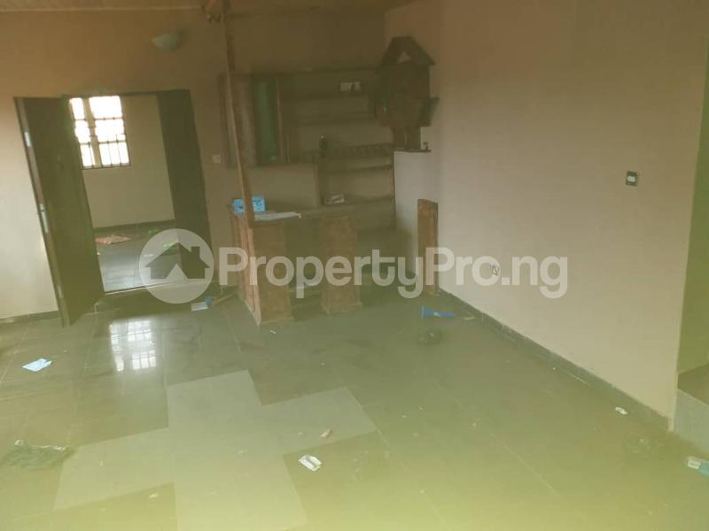 2 bedroom Blocks of Flats House for sale Ologuneru  Eleyele Ibadan Oyo - 3