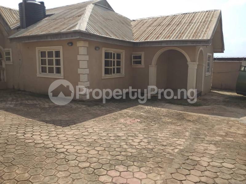 2 bedroom Blocks of Flats House for sale Ologuneru  Eleyele Ibadan Oyo - 6
