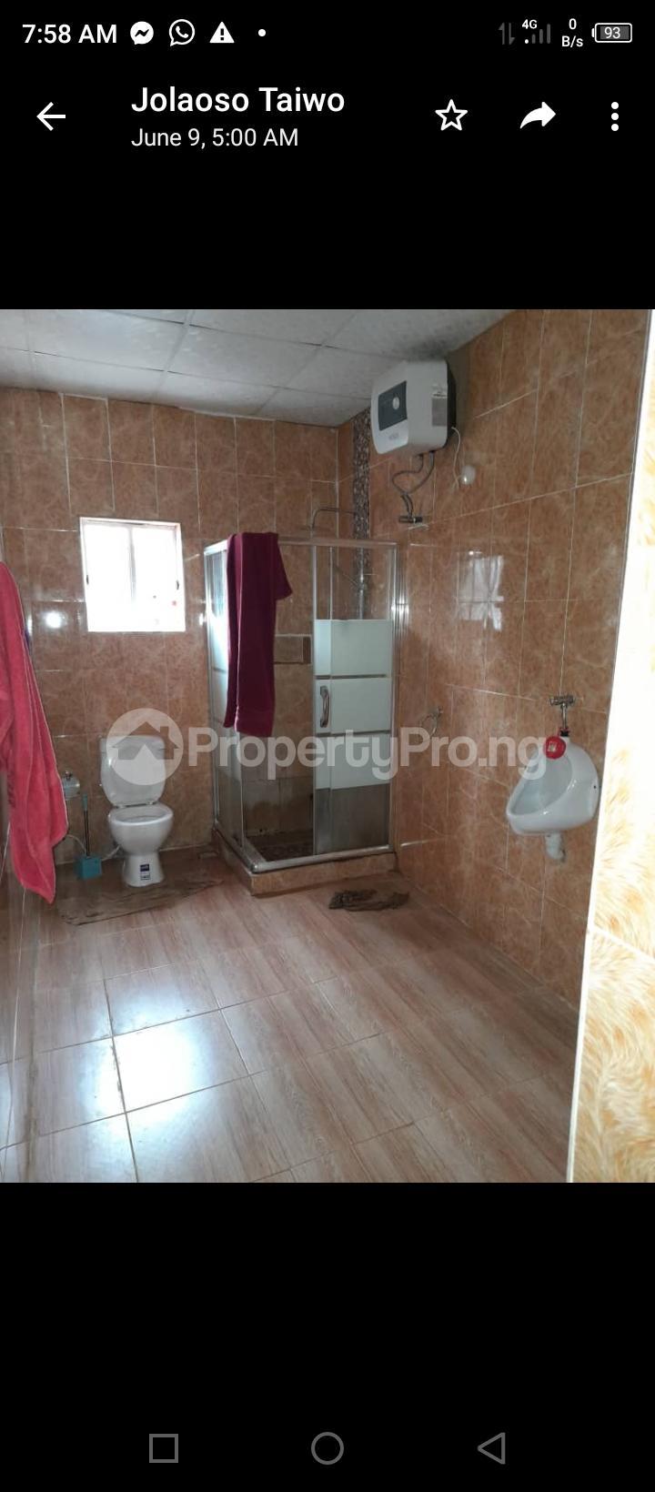3 bedroom Detached Bungalow for sale Olodo Bank Ibadan Iwo Rd Ibadan Oyo - 4