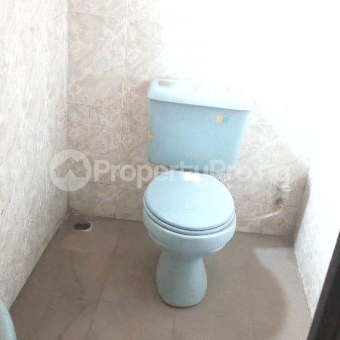 6 bedroom Detached Duplex House for sale Owutu Road Agric Ikorodu Lagos - 0