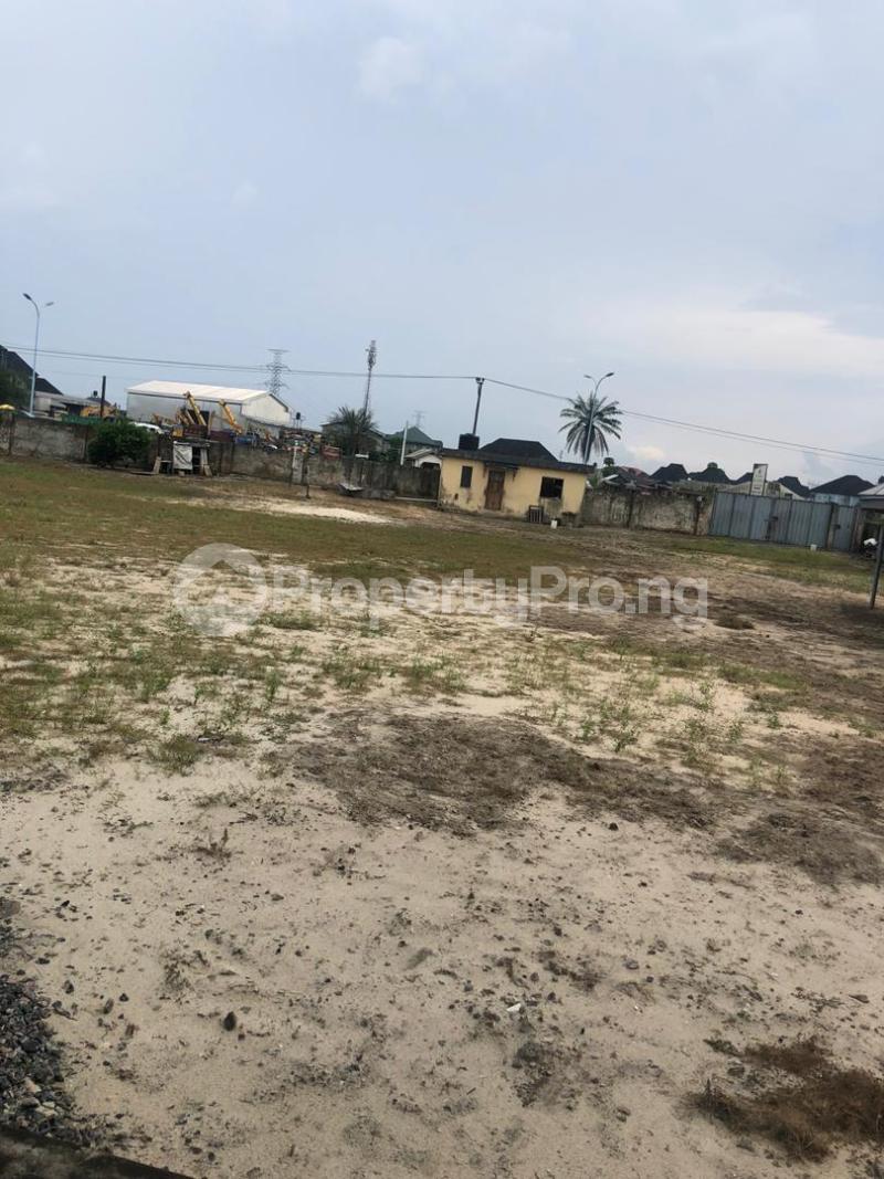 Office Space for sale Along Dsc Express Way, Ebrumede, Near Ugbomoro, Just Before Otokutu/ Ugbomoro Bridge, Uvwie Lga. Delta State. Warri Delta - 10