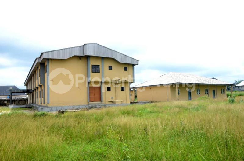 Office Space for sale Along Dsc Express Way, Ebrumede, Near Ugbomoro, Just Before Otokutu/ Ugbomoro Bridge, Uvwie Lga. Delta State. Warri Delta - 2