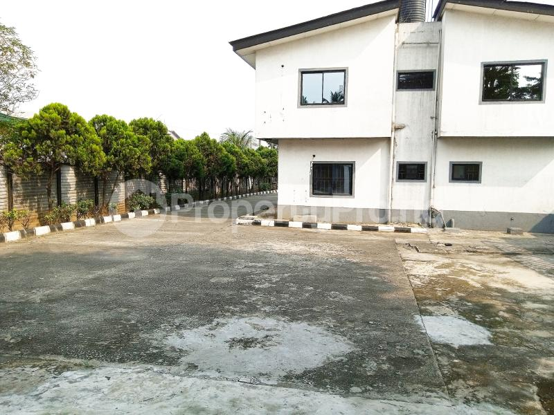 7 bedroom Detached Duplex for sale #11 King Perekunle Street Phase 2 New GRA Port Harcourt Rivers - 2