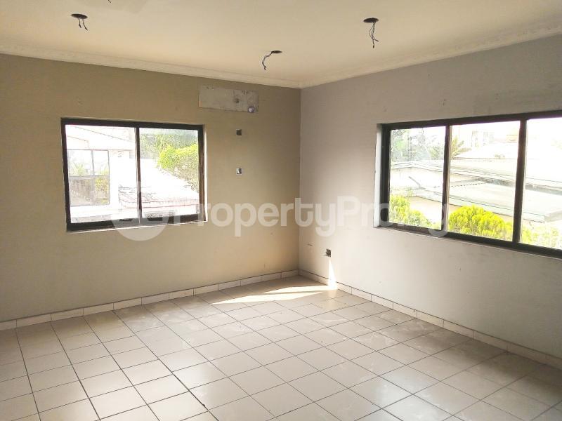7 bedroom Detached Duplex for sale #11 King Perekunle Street Phase 2 New GRA Port Harcourt Rivers - 9