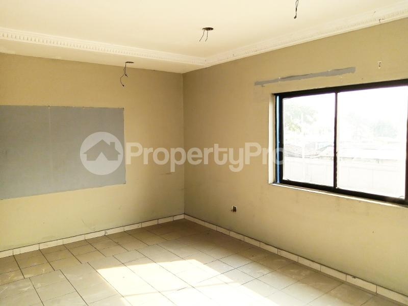 7 bedroom Detached Duplex for sale #11 King Perekunle Street Phase 2 New GRA Port Harcourt Rivers - 10