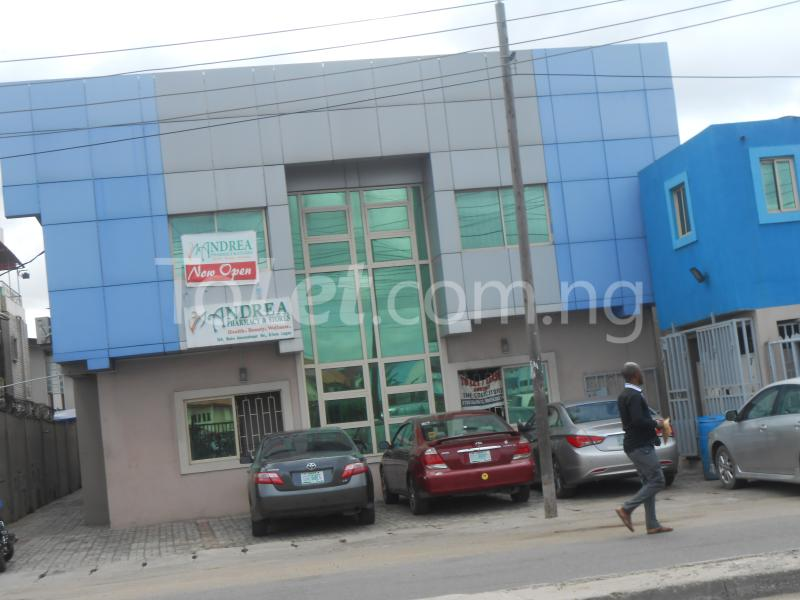 Office Space Commercial Property for rent Babs animasaun street by doyin bustop Orile-Iganmu Surulere Lagos - 1