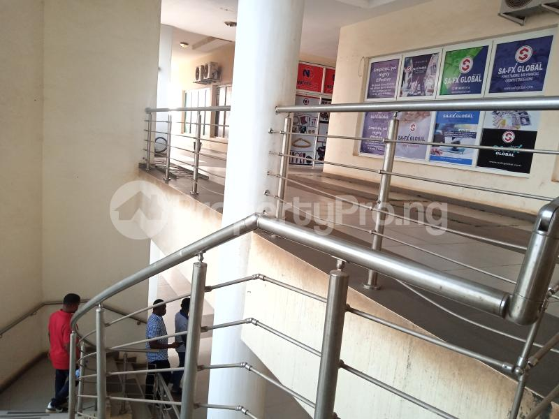 Office Space for rent Nnebisi Opposit Lion House Asaba Delta - 5
