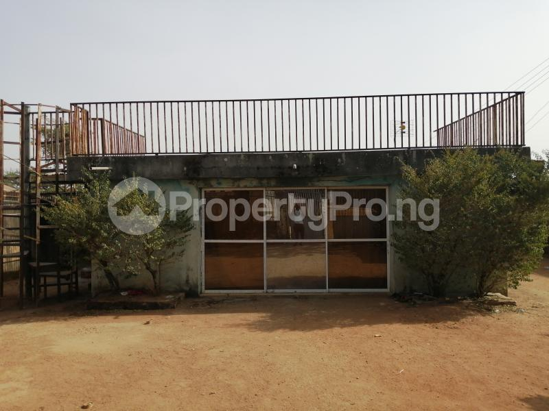 4 bedroom Flat / Apartment for sale Labanese Quarters Abattior Jos Jos South Plateau - 0