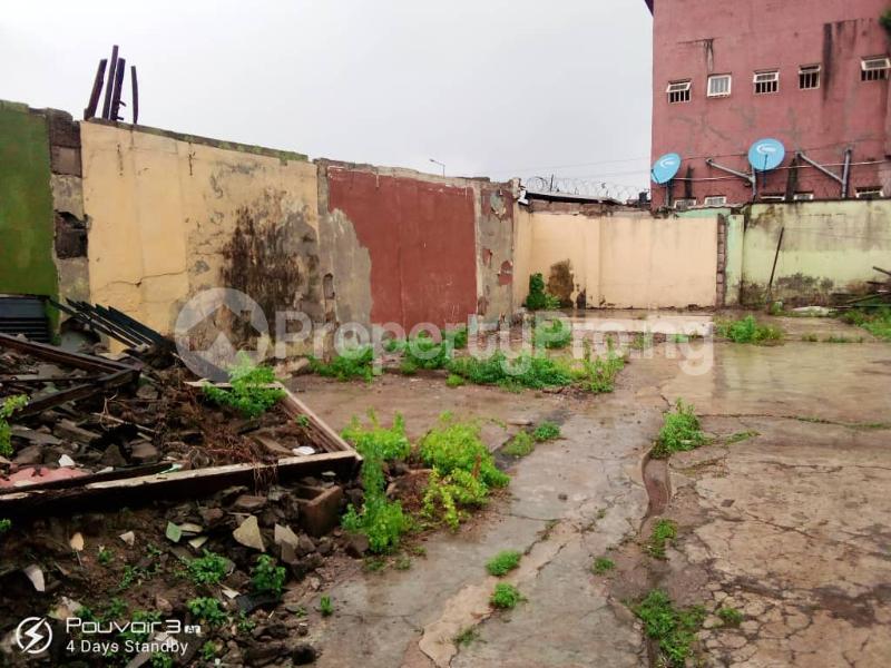 Blocks of Flats for sale Off Vulcaniser Bus Stop, Akowonjo Road Akowonjo Alimosho Lagos - 3