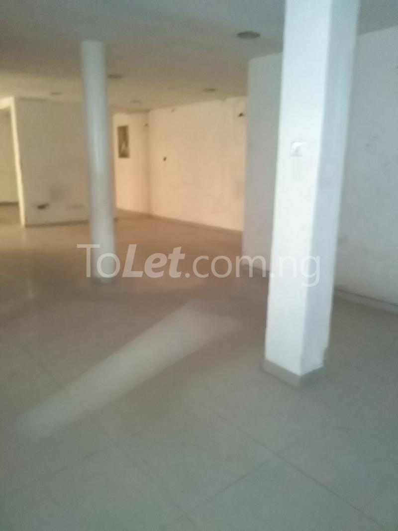 6 bedroom Office Space Commercial Property for rent Ogunlana Ogunlana Surulere Lagos - 1