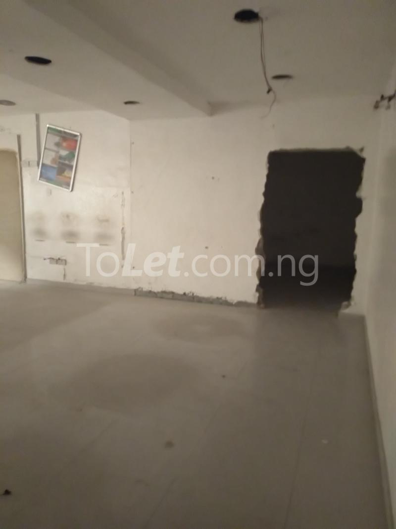 6 bedroom Office Space Commercial Property for rent Ogunlana Ogunlana Surulere Lagos - 3