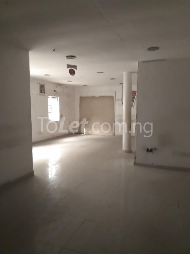 6 bedroom Office Space Commercial Property for rent Ogunlana Ogunlana Surulere Lagos - 2